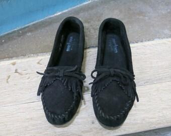 SALE++vtg original MINNETONKA moccasin black suede leather fringes slip on shoes/ loafers sz EU 43/ uk 8 us woman 10.5