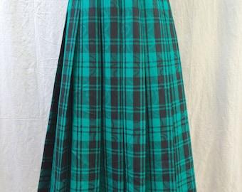 Vintage Pendleton Skirt Turquoise Green and Black Pleated Preppy Prep School Girl Skirt Fall Winter High Fashion Apparel Medium Large Sz 12