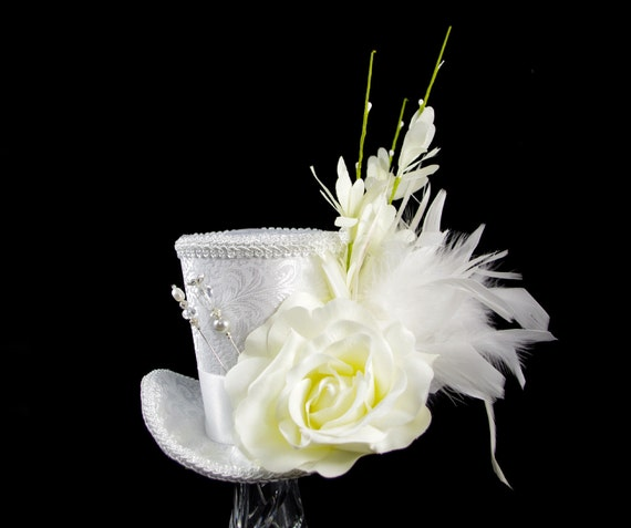 Ice and Ivory White Wedding Rose and Feather Large Mini Top Hat Fascinator, Alice in Wonderland, Mad Hatter Tea Party, Derby Hat, Bridal