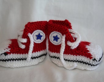High Top Sneaker Style Knitted Baby Booties, Baby Converse, Knitted Converse, Baby Chucks, Available in Any Color , Blue Star Button Detail