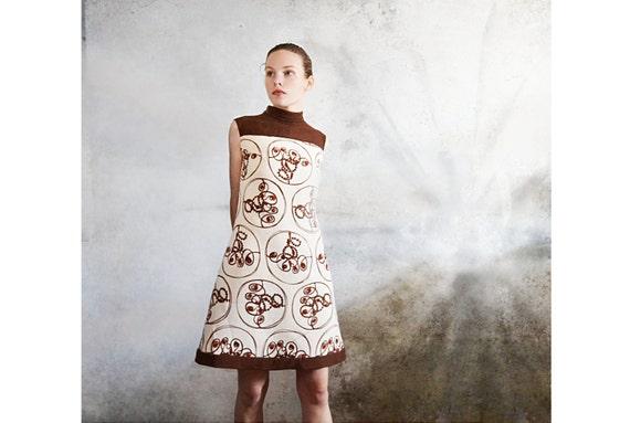 Vintage 60s mod dress Shift dress Chocolate brown dress 1960s clothing Size 8
