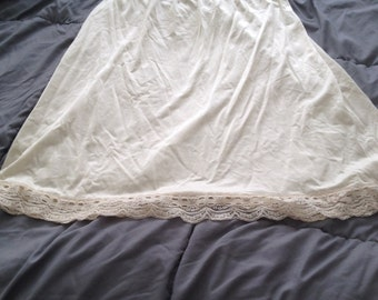 Vintage Ivory slip with great details