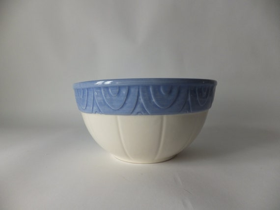 XL Seville Treasure Craft Pottery Serving BowlKitchen Serving