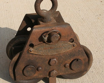 Brown Hoisting Machinery Company Cast Iron Hoist / Pulley