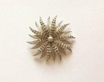 Silver Starburst Vintage Brooch/Pin