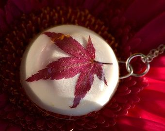 Red maple leaf pendant jewelry real pressed red leaf resin pendant Autumn Fall necklace nature lover jewelry pendant modern elegant