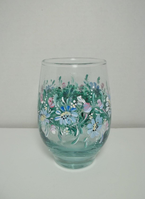 Wine glass stemless hand painted folk art blue daisies for Painted stemless wine glasses