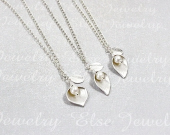 Calla Lily Necklace.PERSONALIZED Mother Daughter jewelry. Matching ,Sisters Necklace Set,Personalized Family,Silver Calla Lily Charm Jewelry