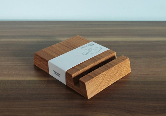 Personalized Wooden iPad Stand - Square Holder in Natural Oak Wood