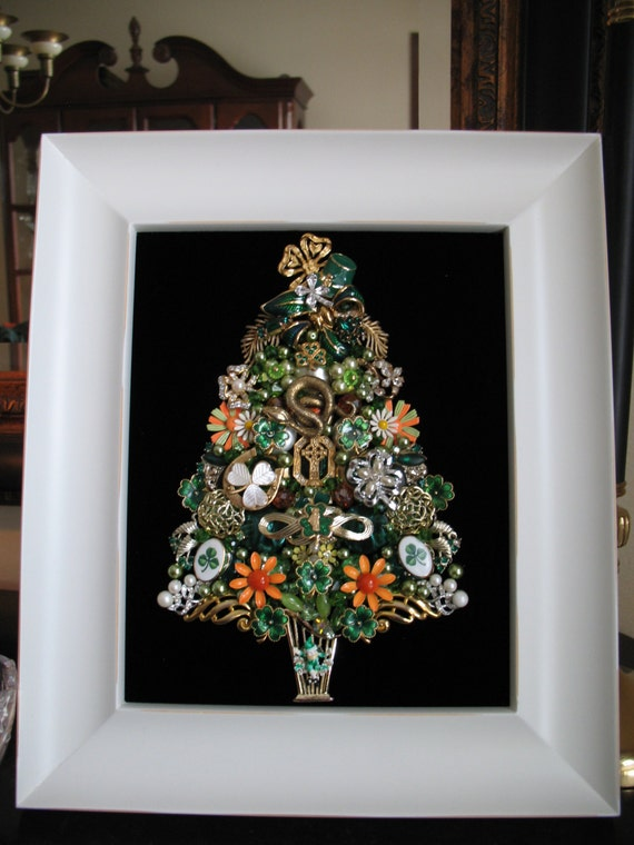 Items Similar To Framed Vintage Jewelry Christmas Tree