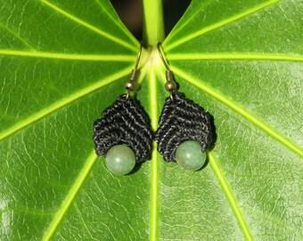 Macrame earrings with Jade