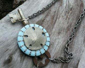 Necklace - Antique Skeleten Key & Button