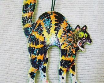 Scaredy Cat Halloween Ornament - Hand Painted - One of a Kind