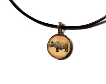 Rhino pendant African animal jewelry Antique style Vintage looking NW217