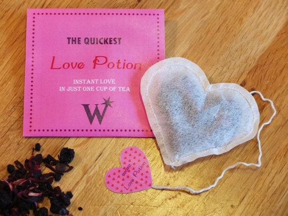 Love Potion Tea // Harry Potter Valentine's Day