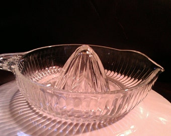 Vintage Clear Glass  Reamer Juicer with Handle