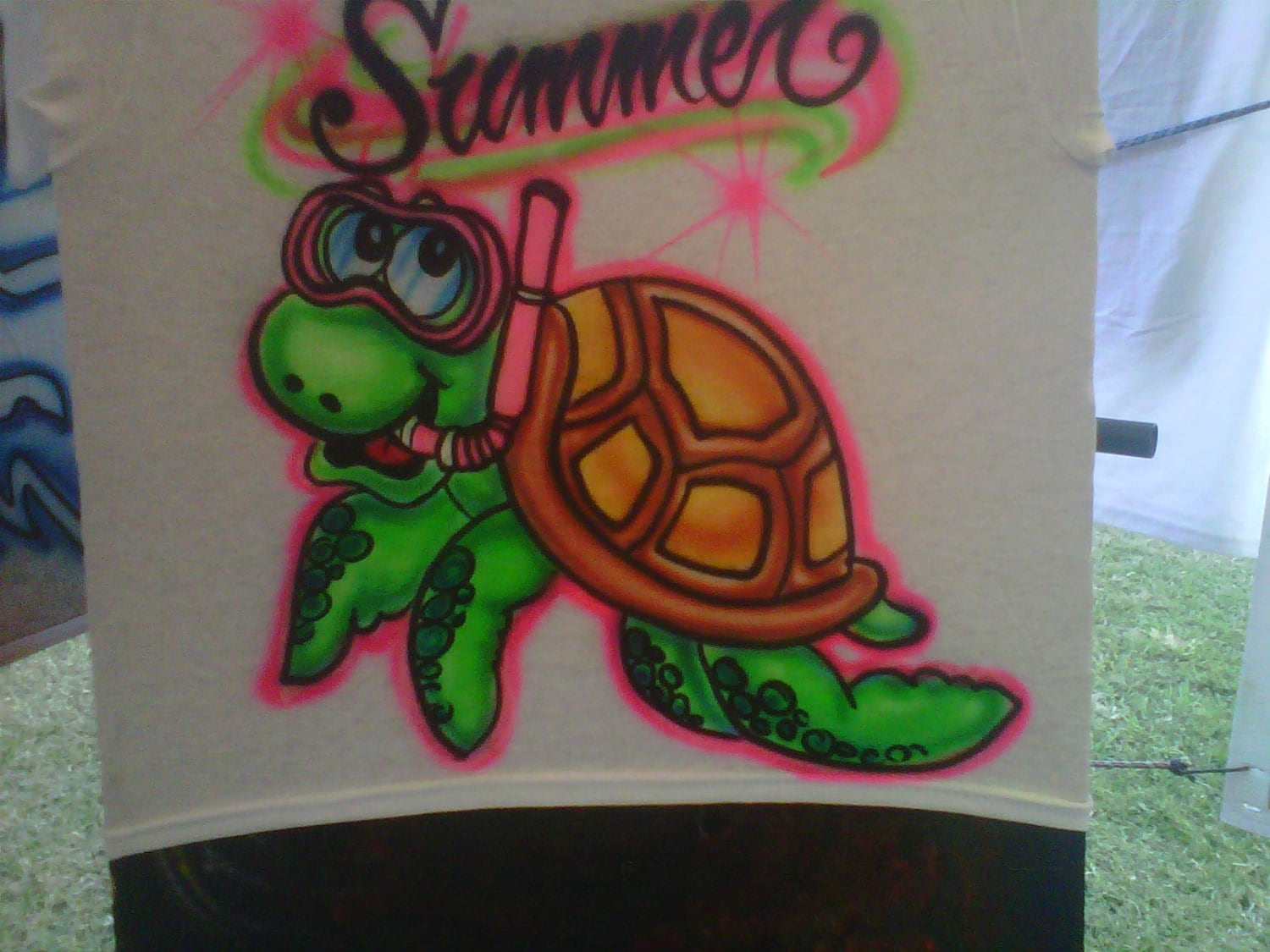 Custom airbrush t shirt free hand not a stencil sea turtle for Custom made airbrushed shirts