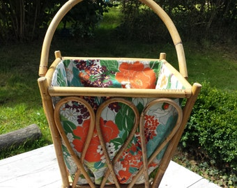 Pretty worker in wicker and rattan, fabric moose. French Vintage