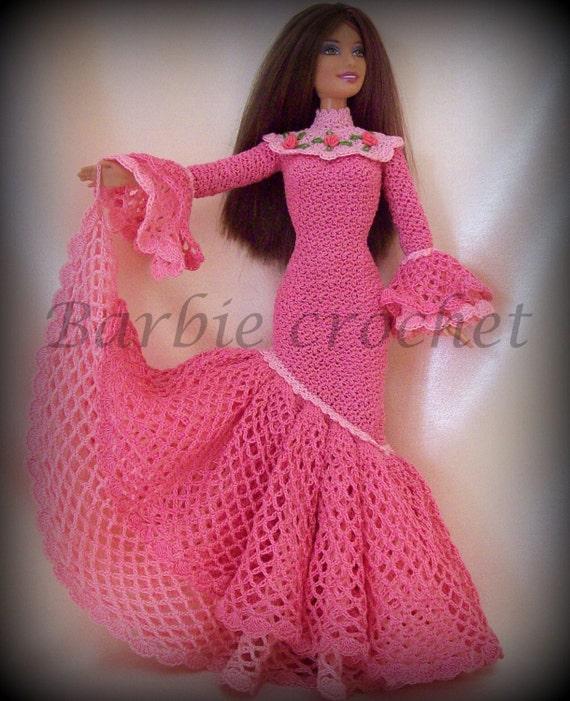 Estremamente Articoli simili a Abito all'uncinetto per barbie rosa con volants  UX09