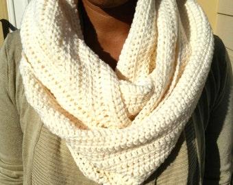 White Infinity Scarf, Cream Infinity Scarf, White Scarf, Cream Scarf, White Circle Scarf, White Loop Scarf, White Crochet Infinity Scarf