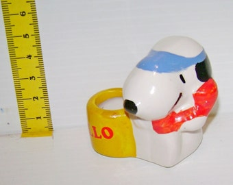 SNOOPY Peanuts ceramic pen holder with Schulz-80s Doggie-tiny pottery vase for pen with puppet