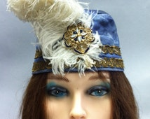 Vintage 1920's Blue Satin CLOCHE Style Hat w Blue & Opalescent Brooch with Ostrich Feathers
