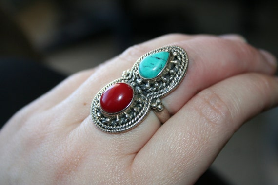 SELLING OUT... Vintage Huge  Ring  , Huge Native American Style Sterling 925  With Turqouise  And coral  Stone size 7 and half