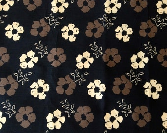 Subdued 60s Flower Power Daisies// Mid Century Floral Fabric with a Soothing Twist// Cotton Yardage//New Old Stock// BTY
