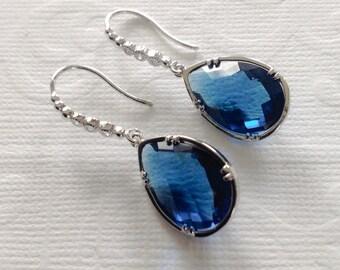 Dangle Earrings / Blue dangle earrings / Blue sapphire drop earrings / Bridesmaid Earrings, Mum earrings, gift for mom