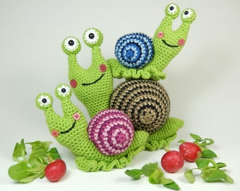 Shelley the Snail and Family - Crochet Pattern.