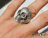 "RESERVED for RAMONA // Sterling Silver Skull Ring "" Eskulia "" Red Ruby size 9 1/2 Us"