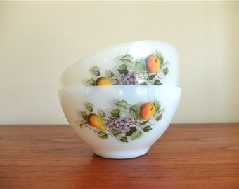 2 vintage french Bowls Arcopal fruits milk glass made in france 70s 1970s boho chic bohemian folk