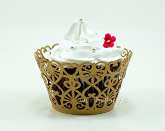 Lace Hearts Filigree Vintage Gold - Elegant Laser Cut Lace Wedding Cupcake / Muffin  Wrappers