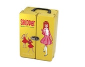 Skipper Doll Case, Vintage 1960s Yellow Skipper Barbie Doll Carrying Case, 1964 Mattel