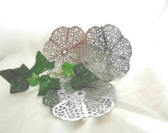 Vintage Trivets Hot Plates Set Of 3 Retro Kitchen Mid Century Kitchen Chrome Trivets Irvinware USA Stainless Steel Footed Lace Trivets