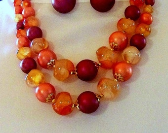 Sale! Vintage necklace and earrings, great for every and any day. Wonderful fall colors.