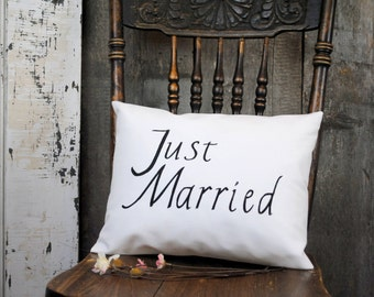 Just Married pillow cover. Wedding gift, Wedding pillow cover, Anniversay gift, Newly Wed gift pillow, Engagement gift.