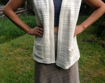Vintage 70's White Knit Wool Sweater Vest. Cream Cardigan. 1970s Milrank Overshirt Shrug. Sleeveless.