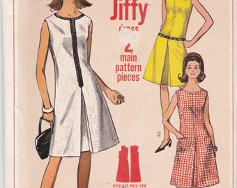 Vintage Simplicity Sewing Pattern 6443 Sleeveless A-Line Dress with Inverted Pleat Bust 34
