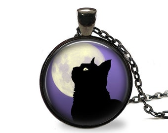 Dreaming Pendant, Necklace or Key Chain - Choice of 4 Bezel Colors - One Inch Round - Halloween