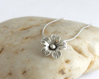 "Sterling and Hill Tribe Silver Flower Charm Necklace 18"" Necklace// luluglitterbug"