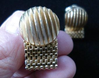 Vintage 1970s Cufflinks French Wrap Around Mesh 2013668
