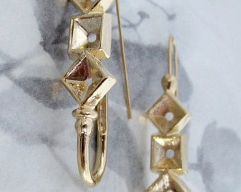 4 pcs. (2 pair) vintage gold tone pierced earring findings w rhinestone settings - f4283