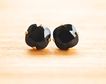 Black Jewel Post Earrings - small size. Garnet and Black Gamecock Earrings. Bridesmaids Earrings.