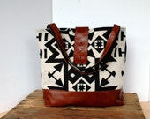 Ann Shoulder Bag in Condensed Pattern