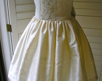 Lace And Silk Ivory Flowergirl Dress, Size 3