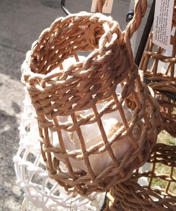 Garlic Holder  Plain  Open weave