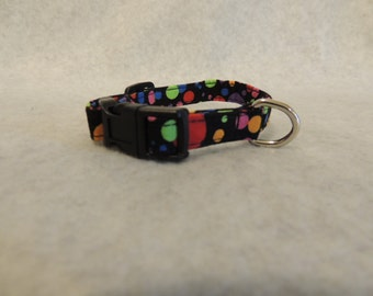 "X Small Dog Collar 1/2"" Wide 6-8"" Color Bubbles"