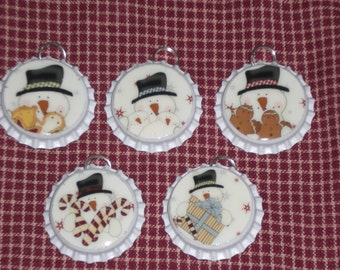 5 Sealed White Bottle Caps Christmas Snowman Charms Ornaments Necklaces Party Favors Scrapbooking Ornies Gift Ties