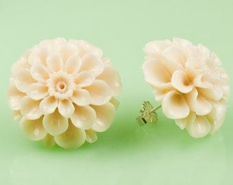 Large Vintage Ivory Color Mum Post Earrings